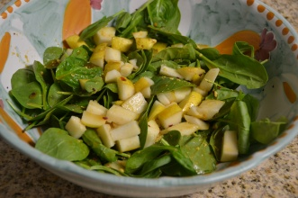 https://sallycooks.com/2013/11/11/pear-spinach-salad-with-warm-spicy-vinaigrette/