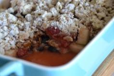https://sallycooks.com/2013/11/13/three-fruit-strawberry-cranberry-and-pear-crisp/