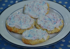 https://sallycooks.com/2014/06/25/red-white-and-blue-white-chocolate-chip-cookies/