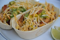 https://sallycooks.com/2014/06/18/spicy-mahi-mahi-fish-tacos-with-mango-guacamole/