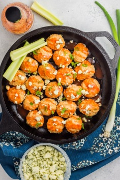 whole30-baked-buffalo-chicken-meatballs-1